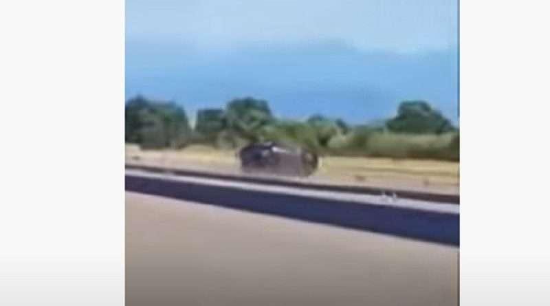 Dragster: Τραγωδία σε πίστα στο Αγρίνιο κατά την διάρκεια δοκιμών, όταν οδηγός έχασε τον έλεγχο του αυτοκινήτου του και κατέληξε νεκρός.