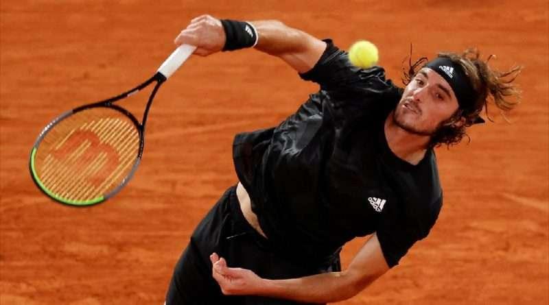 Τσιτσιπάς στους «8» του Roland Garros, που νίκησε 3-0 σετ τον Πάμπλο Καρένιο και προκρίθηκε για 2η σερί χρονιά στους«8» του Roland Garros.