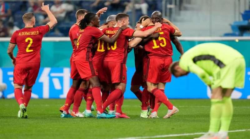 """Επίδειξη δύναμης έκαναν οι """"κόκκινοι διάβολοι"""" στην πρεμιέρα τους στο EURO νικώντας στο ρελαντί τους απογοητευτικούς Ρώσους μέσα στην Αγία Πετρούπολη."""