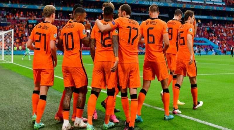 EURO2020: Η Ολλανδία επικράτησε άνετα (2-0) της Αυστρίας, κατέκτησε το δεύτερο τρίποντο στον 3ο όμιλο και προκρίθηκε στους «16» του ευρωπαϊκού πρωταθλήματος για πρώτη φορά από το 2008!