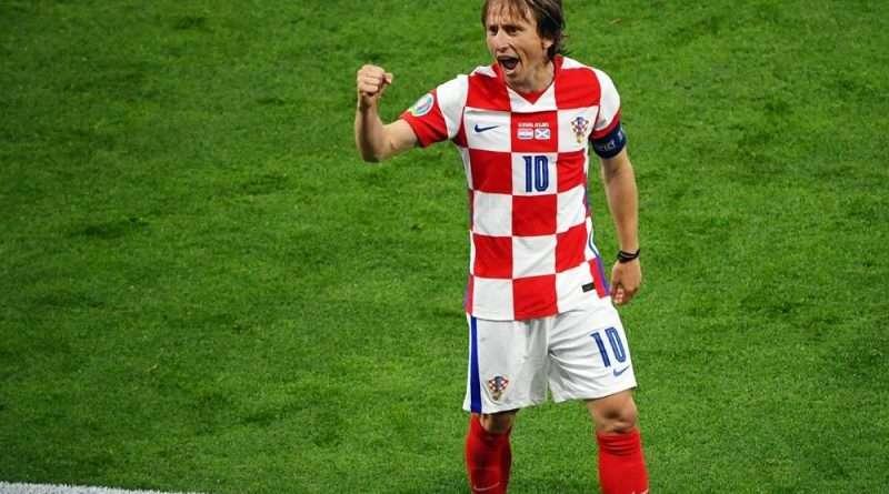 Euro 2020: Ο Λούκας Μόντριτς με μια γκολάρα απέναντι στην Σκοτία υπέγραψε τη νίκη της Κροατίας που έφερε και την πρόκριση.