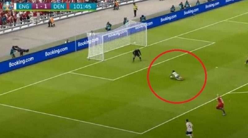 Euro 2020: Χαμός έγινε με την βουτιά του Ραχίμ Στέρλινγκ με την οποία η Αγγλία πήρε το πέναλτι νίκης στον ημιτελικό με την Δανία, αφού το καυτηρίασε μέχρι και το PES.