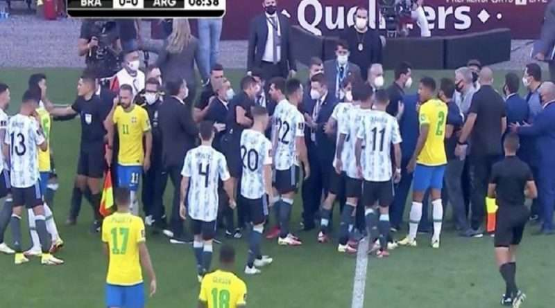 Βραζιλία - Αργεντινή: Ήταν ματς που περίμενε να δει ο πλανήτης και αντί αυτού προκλήθηκε σάλος με όσα συνέβησαν και η FIFA ξεκινάει έρευνα.