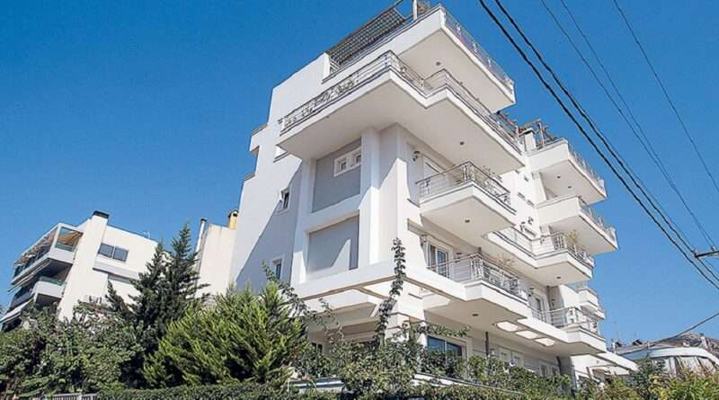 Ο ΕΝΦΙΑ θα είναι μειωμένος για ένα μεγάλο αριθμό του πληθυσμού της Ελλάδας ενώ θα υπάρξει και πλήρη απαλλαγή, με τα εκκαθαριστικά να αναρτώνται την Τετάρτη.