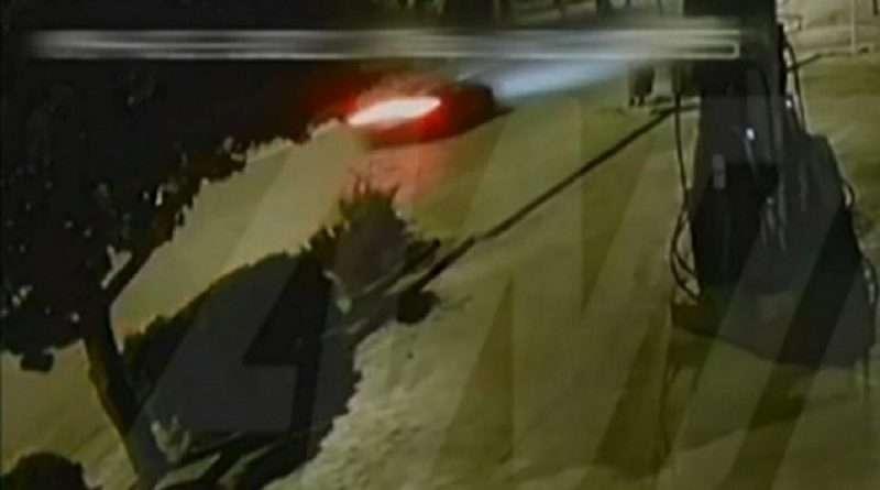 Ο Mad Clip συγκλόνισε με τον τρόπο που βρήκε τραγικό θάνατο κι ένα αποκαλυπτικό βίντεο δείχνει πως έχασε τον έλεγχο του αυτοκινήτου του.
