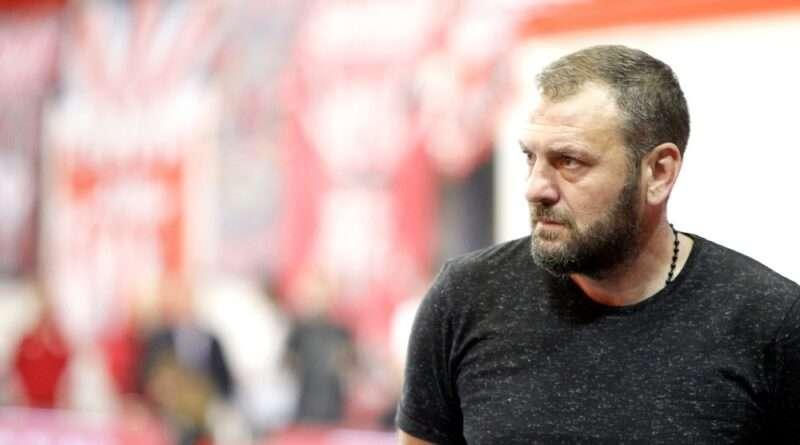 Ο Ολυμπιακός έφερε πίσω δύο παίκτες που έχουν κάνει μεγάλη καριέρα, όπως οι Ανατολάκης, Μανιάτης, οι οποίοι προστέθηκαν στην δεύτερη ομάδα.